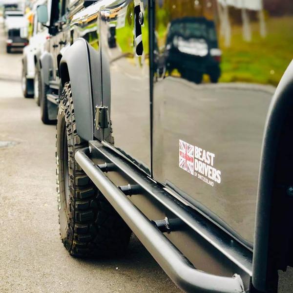 Beastdrivers of SwitzerlandLand Rover Club – Erscheinungsbild für eine Land Rover Legende. Idee. Logo. Konzeption. Gestaltung. Corporate Design. Webseite. Social Media. Events. Bekleidungslinie.